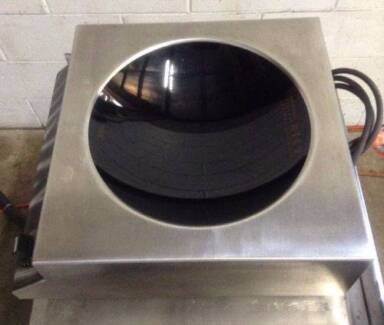 Commercial PORTABLE Bench Top Swiss Made 15amp INDUCTION WOK