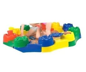 Castle wall modular sandpit, Shell/clam pool/sandpit x2 (lid?), Red/Blue pool/pit/pond