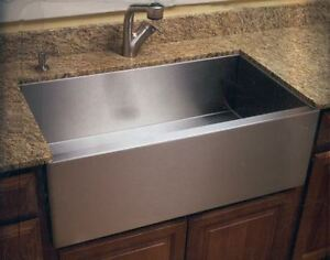 Sale: Farmhouse Sinks and More