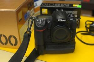 Nikon D300 with MB-D10 Grip