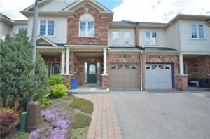 3 bedroom 3 washroom Townhouse for rent / Whitby / Brooklin