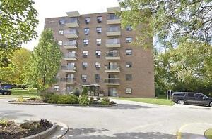 NO Last Month's Rent deposit on now!! Call today! London Ontario image 5