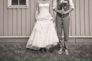 Wedding dress, strapless, lace with button back London Ontario image 2