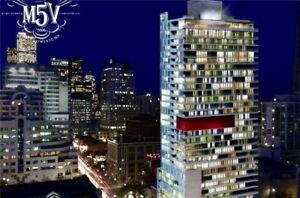 Sleek And Modern 1 Bedroom + Den Unit In Prime Downtown Location