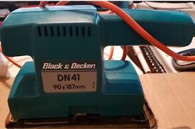 BLACK & DECKER POWER SANDER 240v EWO BARGAIN!