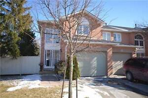Gorgeous Condo Townhouse For Sale In Brampton l Low Fees