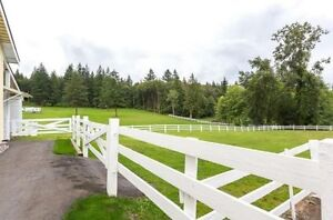 LOOK -->>> RARE 10 Acre Parcel with 2 Houses!! HURRY!