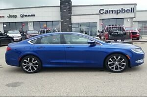 THIS IS A NICE CAR!!! 2015 CHRYSLER 200!! AWD TOO!!