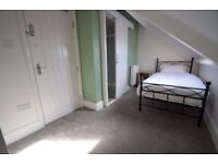 Stunning Newly Refurbed House - En Suite Rooms