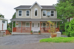 beautiful 3 bdrm/3 bath character home in Prince rupert