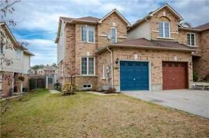End unit townhouse for rent, Barrie, 3+1 bedrooms, 3.5 bathrooms