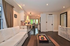 3 BEDROOM UPPER BEACHES HOME ON 2 FLOORS WITH PARKING