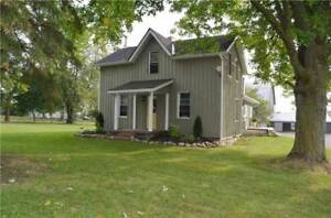 Stunning 3 Bedroom Farmhouse South of Lindsay!