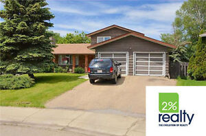 Large 5 Bedroom With Large Lot - Listed by 2% Realty Inc.