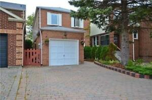 Beautifuly renovated house for rent/lease in Vaughan!