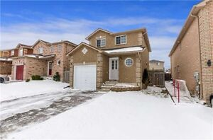 BOOTH LANE.. South Barrie! 3 Bedrooms! Fenced Yard!