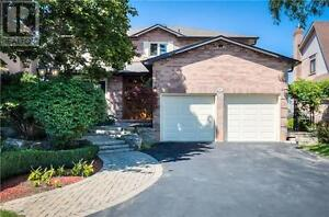 491 Malvern Cres Newmarket Ontario Must see  house!
