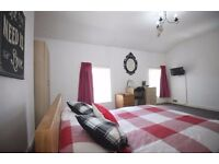 **GREAT ROOMS IN BEST LOCATION OF LONDON! 2 WEEKS DEPOSIT! ONLY! CALL ME NOW