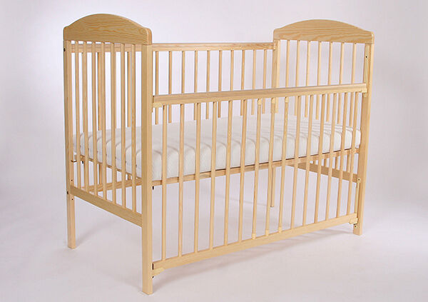 How to Buy a Cotbed With Teething Rails