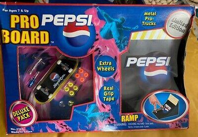 Pepsi Tech Deck Fingerboard Pro Board Skateboard Kit + SINGLE RAMP Vintage 90s R