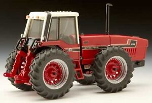1/32 scale International 2+2 tractor
