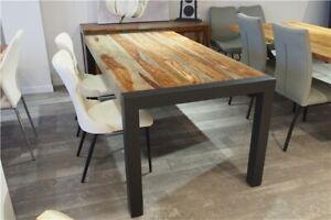 Table à manger en bois de rose gris ou naturel massif 70 x 36