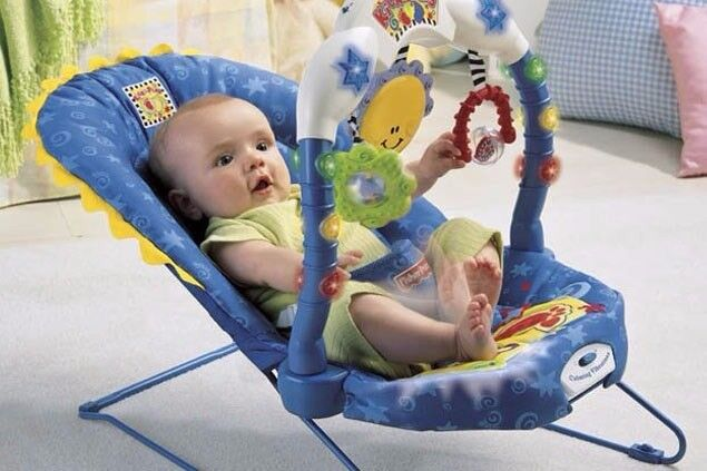 Bargain: Amazing Fisher-Price Kick & Play Bouncer RRP £40