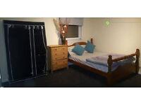 2 BEDROOMS TO RENT NEAR OCEAN TERMINAL, £450 EACH ROOM,INC ALL BILLS
