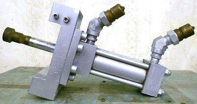 Milwaukee Hydraulic Cylinder Mod H-21 Bore 2 Stroke 4 1 Shaft Dia 3000psi