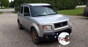 2006 awd Honda element As is