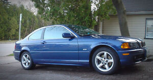 Single Owner Blue BMW 328Ci Coupe - Low low KMs!