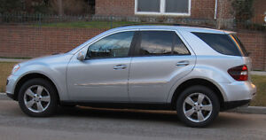 2006 Mercedes-Benz ML500 all options, very clean