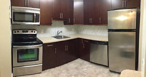 Spacious 2 bedroom renovated condo in River Park South for Oct.1