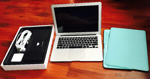 """13"""" MacBook Air, in an excellent condition, for sale !"""