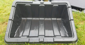Solar panel ground mounting pods with fixtures