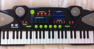 ALMOST NEW, 49 MUSICAL KEYBOARD