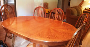 REDUCED - Oak Table and Six Chairs