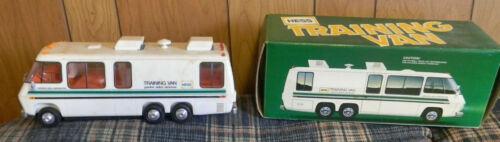 OLD, 1978, HESS TOY, HESS  TRAINING VAN, VINTAGE HESS TOY
