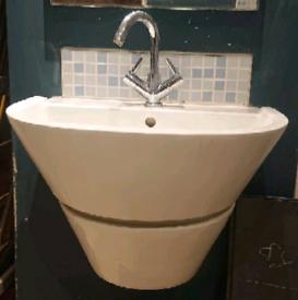 Large Contemporary Designer Bathroom Basin Sink