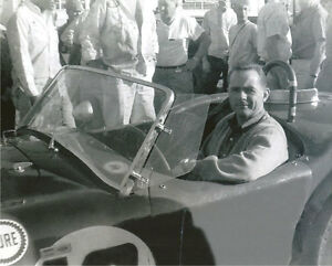 Vintage-8-X-10-1963-Sebring-Cobra-Phil-Hill-In-Car