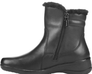 @ New Blondo Clarks tall leather boots 8W 7.5W