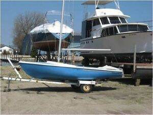 Dolphin 17 sailboat 650 or best offer