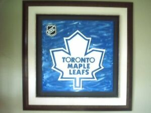MAPLE LEAF PICTURE