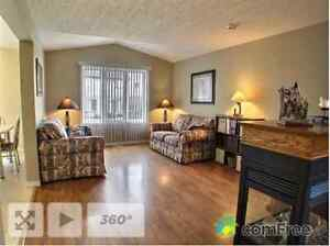 Great Family Home in the Ira Needles\Victoria St.- Kitchener Kitchener / Waterloo Kitchener Area image 4