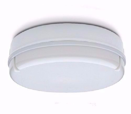 IP65 28W Indoor Outdoor Kitchen Bathroom Round White Bulkhead Light + Fitting