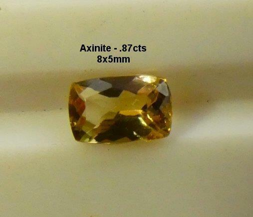 AXINITE, .87cts, EXCELLENT GOLDEN RED BROWN COLOR, RARE, * NATURAL *, FREE SHIP