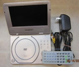 "7"" portable DVD player by Insignia I-PD720"