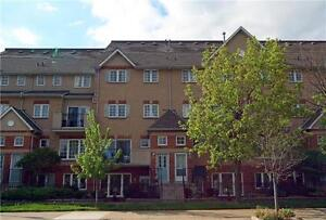 3Br Townhouse Across From Esplanade Park!