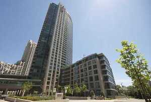 One bedroom condo Unit for rent in Toronto Fort York BLVD