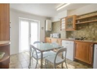 Stunning 4 bedroom townhouse with private garden and parking,gas central available in Sextant Avenue